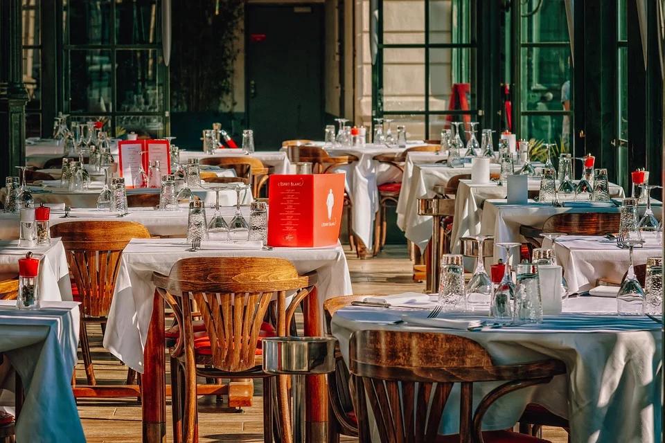 Cómo la imagen corporativa puede optimizar el servicio de hostelería