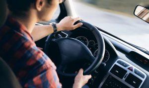 comprar el coche a un adolescente. 0