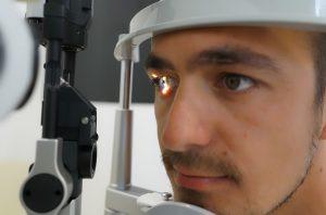 acudir a un oftalmólogo